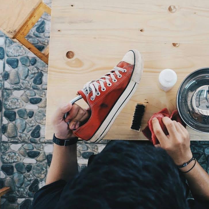 cuci sepatu jogja